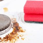 Cómo limpiar el horno por menos dinero