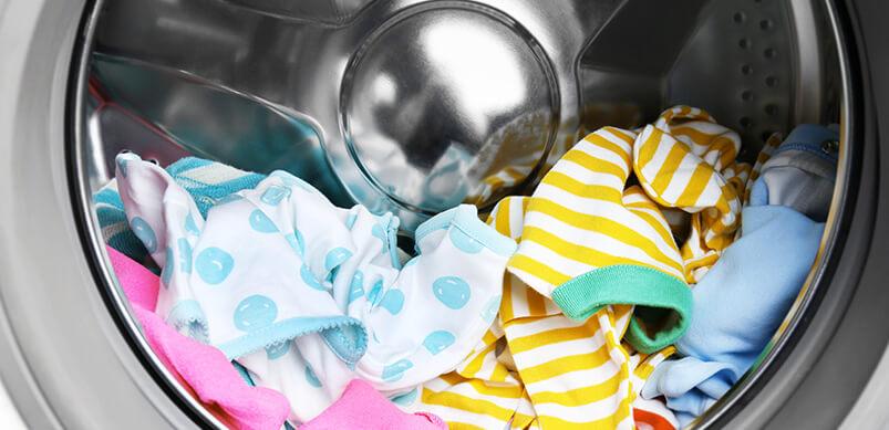 dejar ropa en lavadora