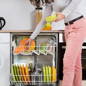 Trucos para mantener el lavavajillas limpio