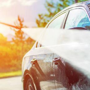 Cómo lavar el coche con una hidrolimpiadora Karcher